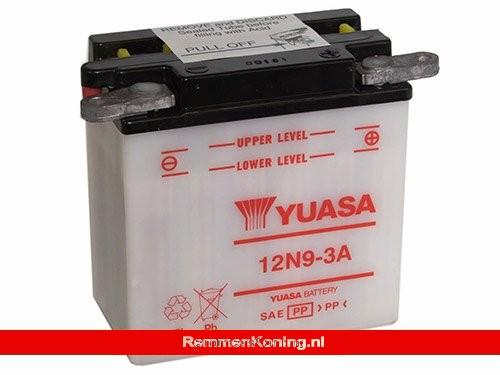 Yuasa Accu 12N9-3A