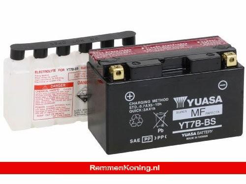 Yuasa Accu YT7B-BS + Zuurpakket