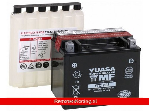 Yuasa Accu YTX12-BS + Zuurpakket
